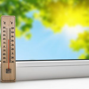 Hoe kan mijn WTW-systeem worden beheerd tijdens de zomermaanden?